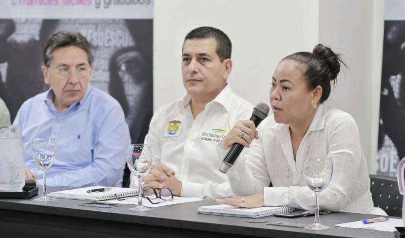 DE LA MANO, GOBERNADOR Y ALCALDESA CONTRA LA EXPLOTACION SEXUAL