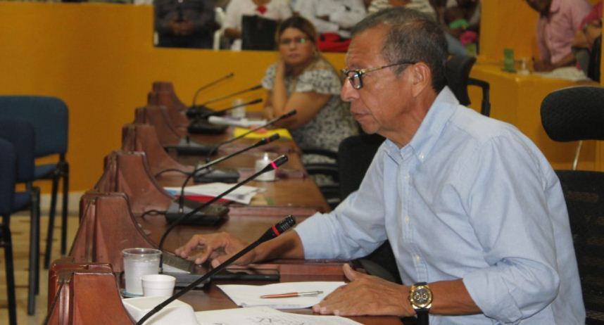 INDIGNACION EN EL CONCEJO POR FALTA DE PRESUPUESTO  PARA CENTROS DE SALUD