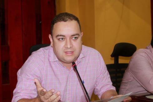 Malos manejos en el IDER denuncia Concejal Edgar Mendoza